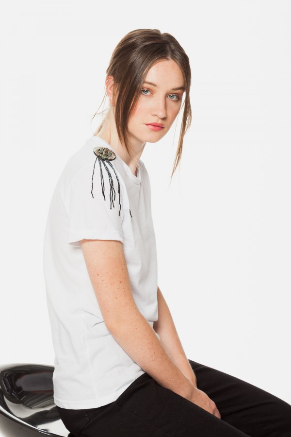 FASHIONMOI-T-Shirt με κέντημα στους ώμους (3)